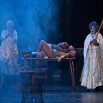 « Mies Julie » d'après Mademoiselle Julie d'August Strindberg, Mise en scène de Yaël Farber au Théâtre des Bouffes du Nord