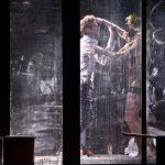 «Orféo. Je suis mort en Arcadie», de Samuel Achache et Jeanne Candel, au Théâtre des Bouffes du Nord.