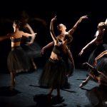 « Puzzle » spectacle du Jeune Ballet Européen, mise en scène par Nicole Chirpaz, au Théâtre du Gymnase Marie Bell