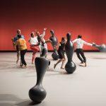 """<strong><span style=""""font-family: Futura; line-height: 30px;"""">«[FMTM In] OSCYL »</span></strong><span style=""""font-family: Futura; font-size: 18pt;""""> Entités en mouvement : un ballet aux harmoniques tendres et poétiques</span>"""